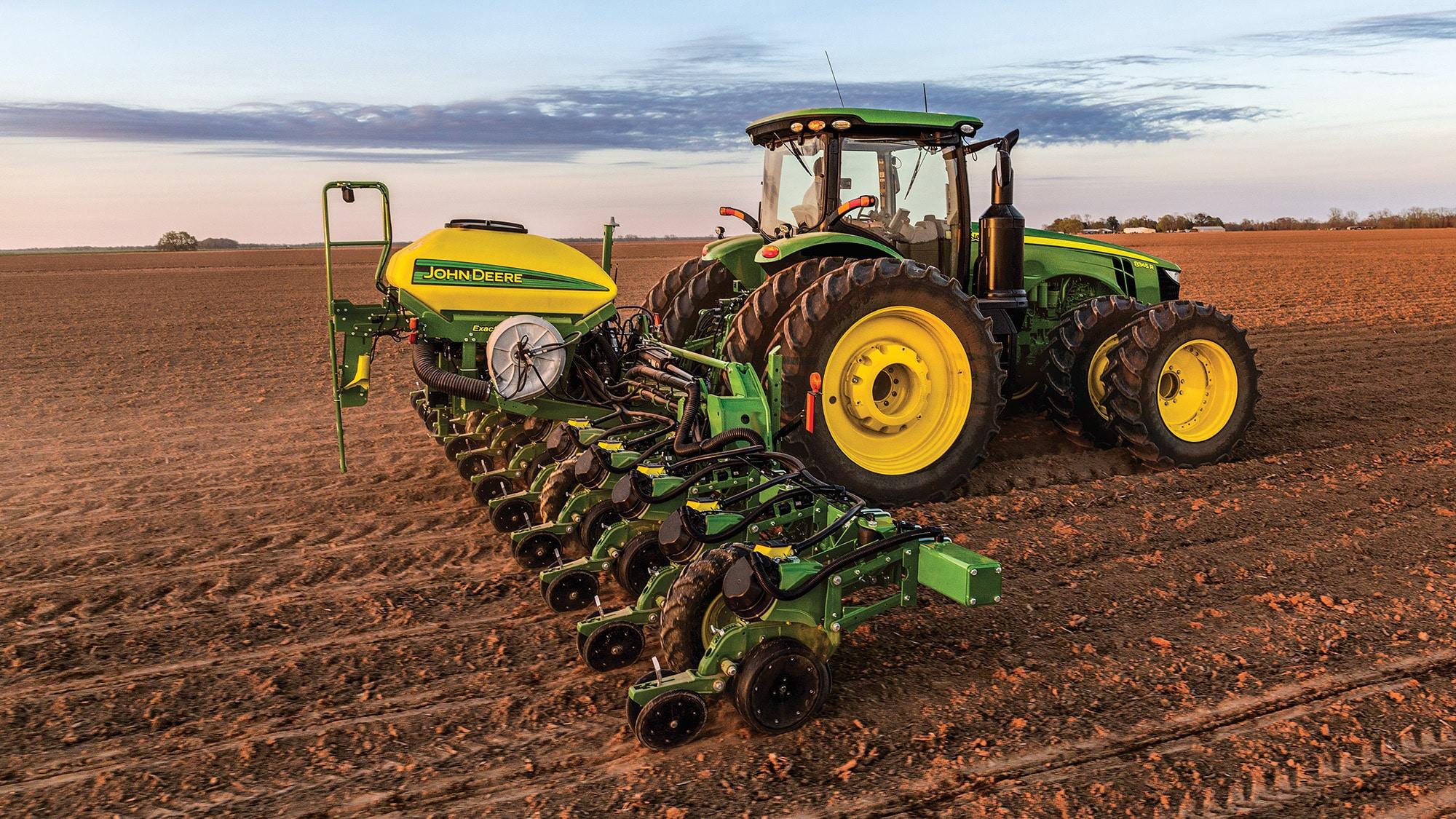John Deere ExactEmerge planter - Vanderfield